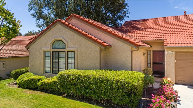 19924 Avenue of the Oaks, Newhall, CA 91321