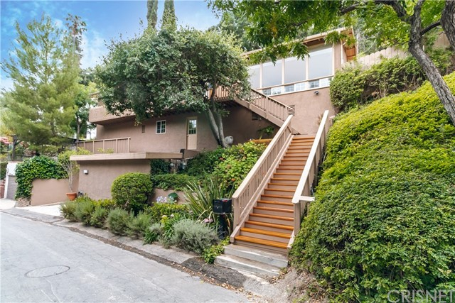 4116 Sunswept Drive, Studio City, CA 91604
