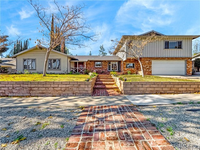 10141 Laramie Avenue, Chatsworth, CA 91311