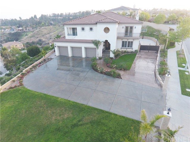 Photo of 18506 Oldenburg Lane, Granada Hills, CA 91344