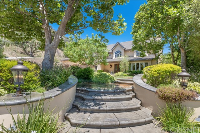 Photo of 20335 Howard Court, Woodland Hills, CA 91364