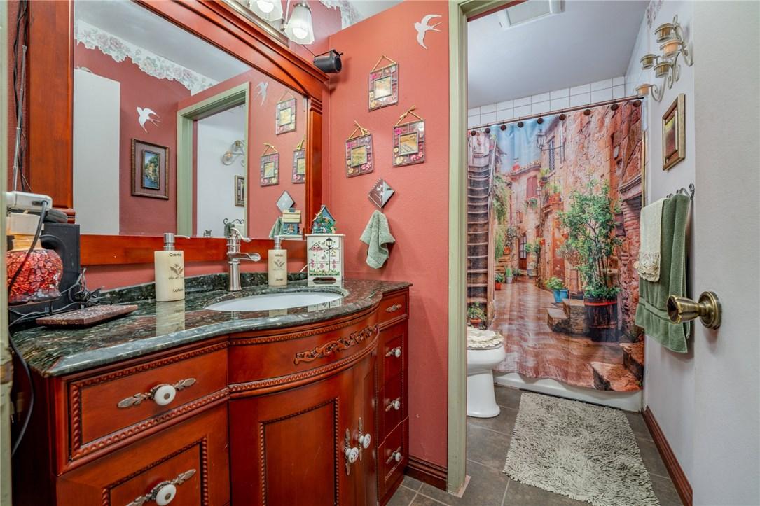 11411 Sunburst St, Lakeview Terrace, CA 91342 Photo 11