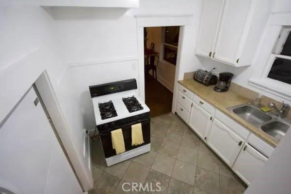 1730 Kitchen