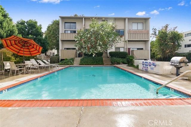 Photo of 18433 Hatteras Street #606, Tarzana, CA 91356
