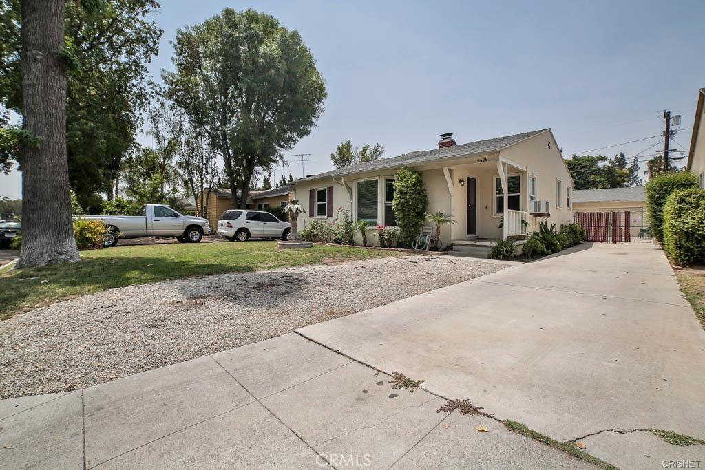 Photo of 6435 DEMPSEY AVENUE, Lake Balboa, CA 91406