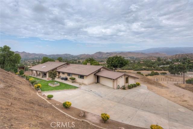 10128 Escondido Canyon Road, Agua Dulce, CA 91390