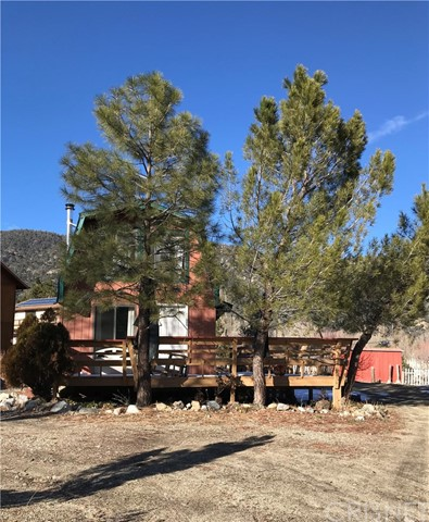16505 Oakwood Way, Pine Mtn Club, CA 93304