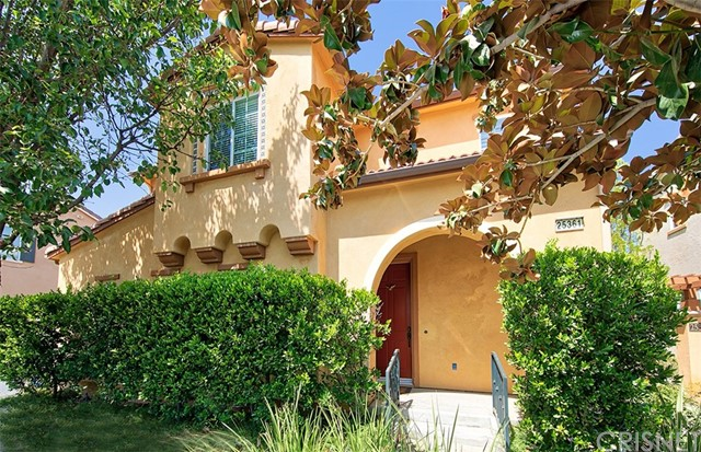 25361 Playa Serena, Valencia, CA 91381