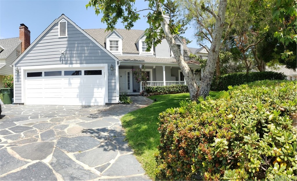 Photo of 11615 Terryhill Place, Brentwood, CA 90049