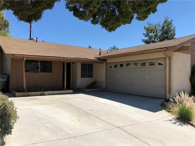 28040 Langside Avenue, Canyon Country, CA 91351