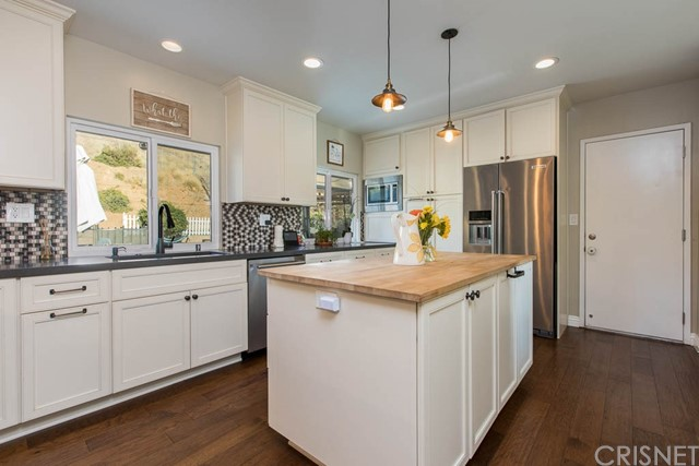 59 W Janss Road, Thousand Oaks, CA 91360