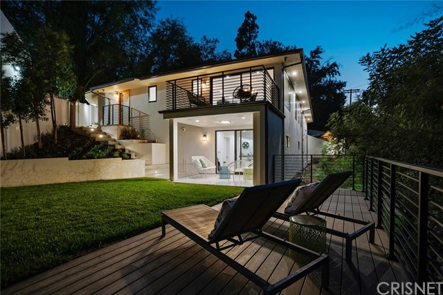 Photo of 13480 Cheltenham Drive, Sherman Oaks, CA 91423