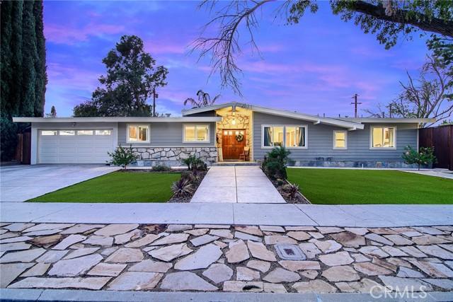 Photo of 5627 Manton Avenue, Woodland Hills, CA 91367