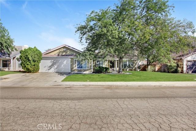 1611 W Newgrove Street, Lancaster, CA 93534