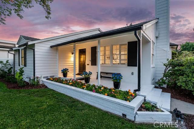 3. 4961 Stern Sherman Oaks, CA 91423