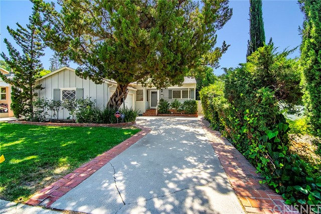 21318 Providencia Street, Woodland Hills, CA 91364