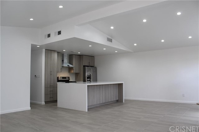 Photo of 22958 Cantlay Street, West Hills, CA 91307