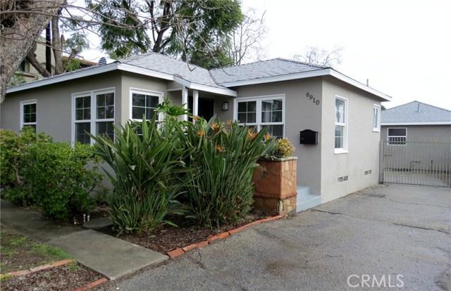 6910 De Celis Place, Lake Balboa, CA 91406