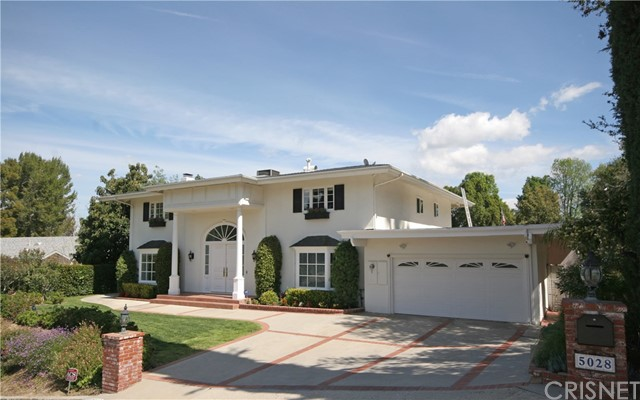 5028 Shirley Avenue, Tarzana, CA 91356
