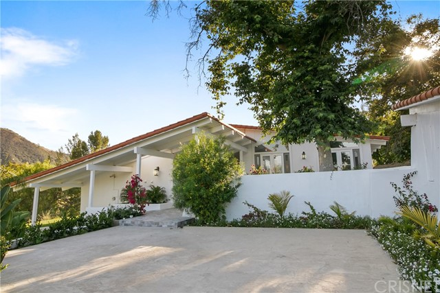 10 Stagecoach Road, Bell Canyon, CA 91307