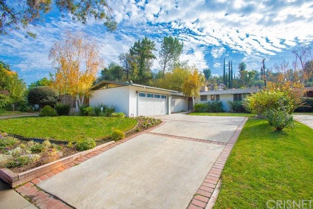 22906 Calabash Street, Woodland Hills, CA 91364