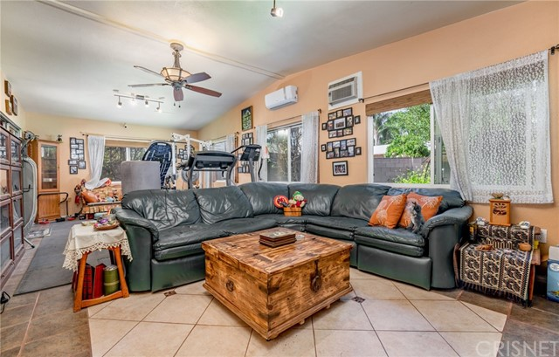 11411 Sunburst St, Lakeview Terrace, CA 91342 Photo 8
