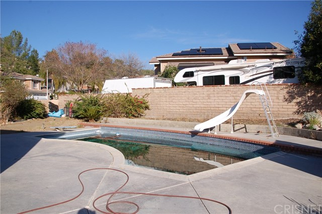 Image 15 of 17812 Silverstream Dr, Canyon Country, CA 91387