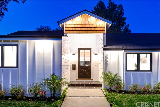 14035 Hartsook Street, Sherman Oaks, CA 91423