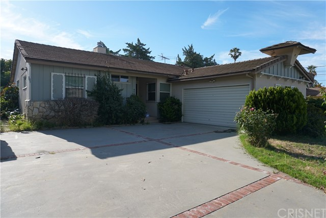8438 Zelzah Avenue, Northridge, CA 91325