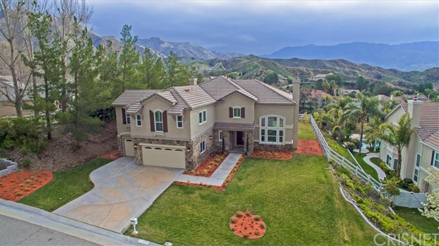 15320 Michael Crest Drive, Canyon Country, CA 91387