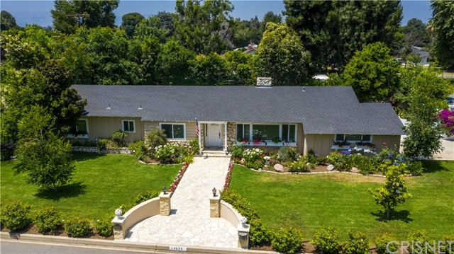 17075 Chase Street, Sherwood Forest, CA 91325