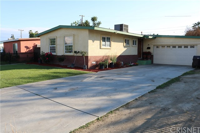 2601 Dore Drive, Bakersfield, CA 93304