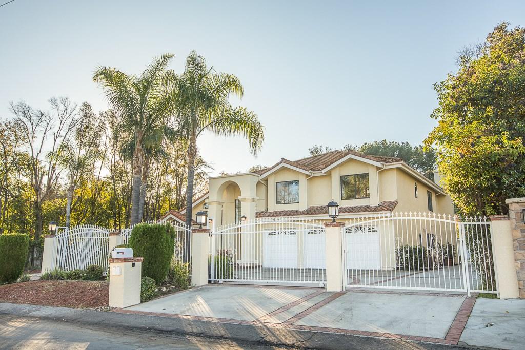 23314 Hatteras Street, Woodland Hills, CA 91367