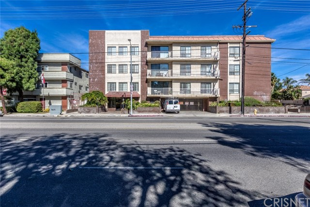 19029 Nordhoff Street 103, Northridge, CA 91324