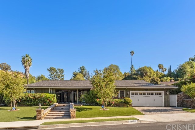 Photo of 18089 Lake Encino Drive, Encino, CA 91316