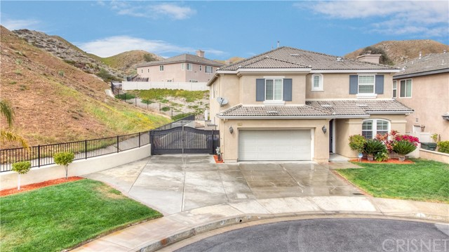 16327 Fairbanks Court, Canyon Country, CA 91387