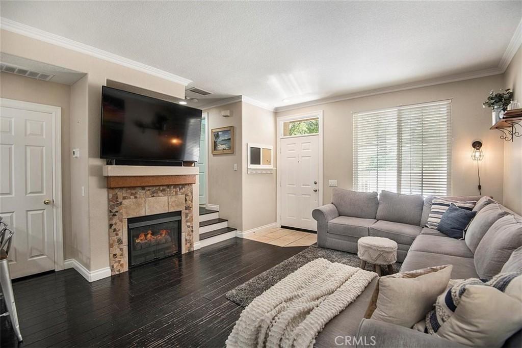 25540     Schubert Circle   B, Stevenson Ranch CA 91381