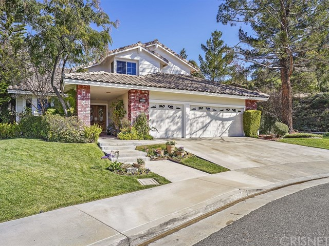 14355 Pinnacle Court, Canyon Country, CA 91387