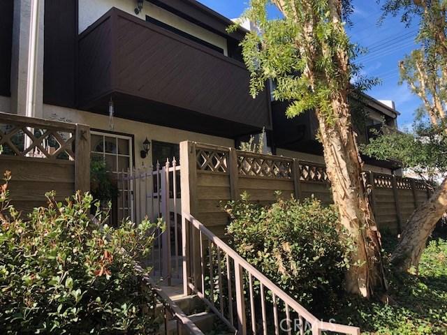 7130 Glade Avenue Unit J, Canoga Park, CA 91303