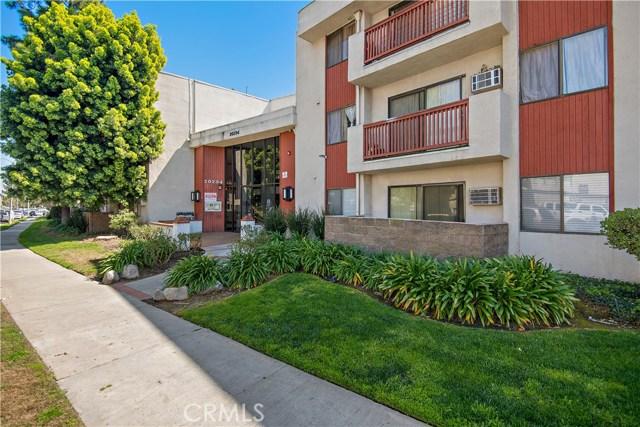 20234 Cantara Street 211, Winnetka, CA 91306