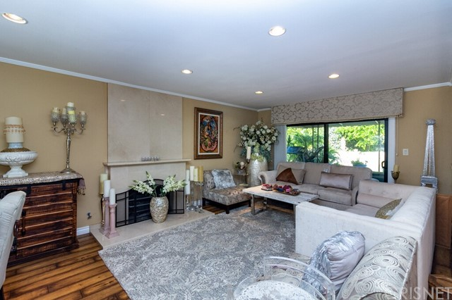 14. 2446 Gayle Place Simi Valley, CA 93065
