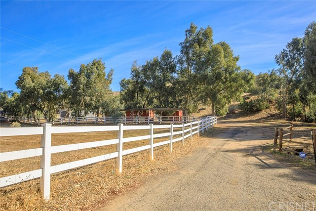 34424 Red Rover Mine Rd, Acton, CA 93510 Photo 44