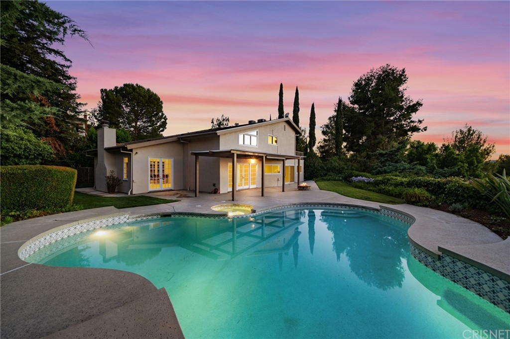 22635     Flamingo Street, Woodland Hills CA 91364