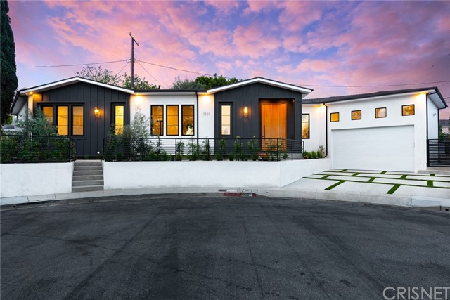 3221 Provon Lane, Los Angeles, CA 90034