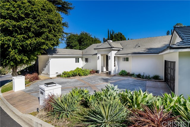 Photo of 3634 Royal Woods Drive, Sherman Oaks, CA 91403