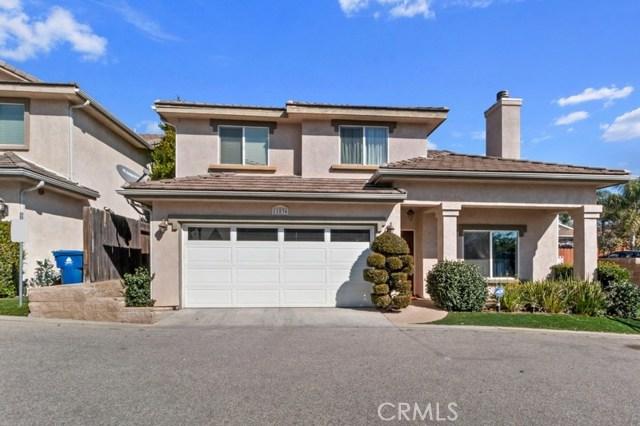 11836 Apple Grove Lane, Sylmar, CA 91342