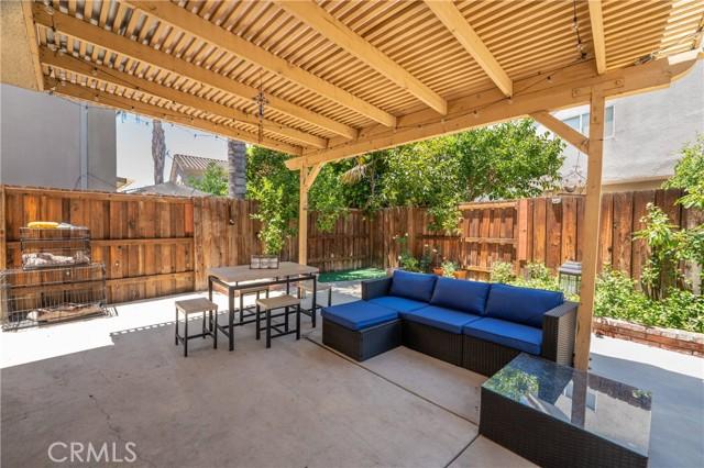 24. 15025 Portofino Lane #10 North Hills, CA 91343