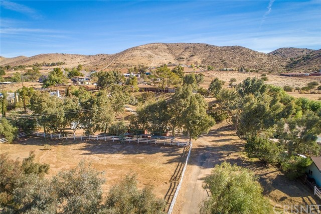 34424 Red Rover Mine Rd, Acton, CA 93510 Photo 47