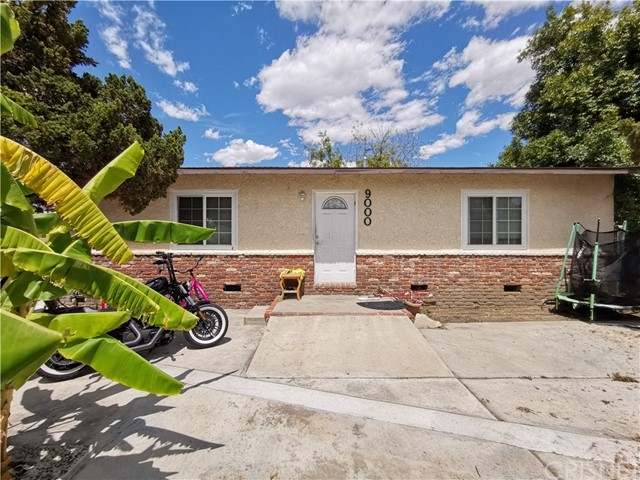 9000 Sylmar Avenue, Panorama City, CA 91402