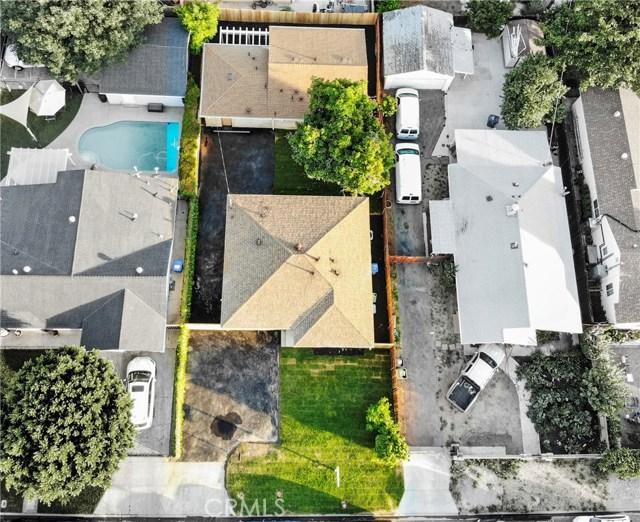 Photo of 16010 Wyandotte Street, Lake Balboa, CA 91406